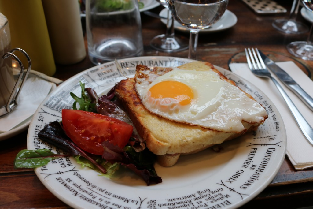 I feel like a tourist just looking at this croque-madame #worthit